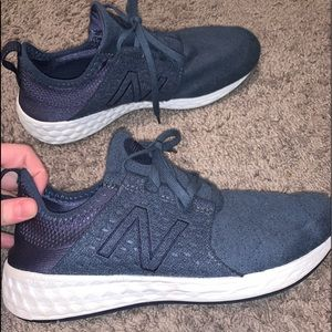 Navy Blue New Balance Tennis Shoes